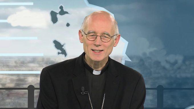 évêque.jpg